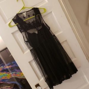 Forever 21 black dress with lace overlay sz s